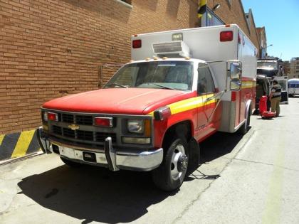 Vinilado de ambulancia americana.