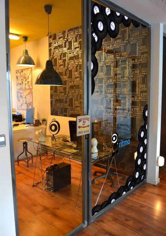 Diseño para despacho de Dándote Ritmo.