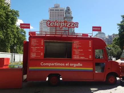 Diseño aplicado de Telepizza Orgullo Gay a food Truck